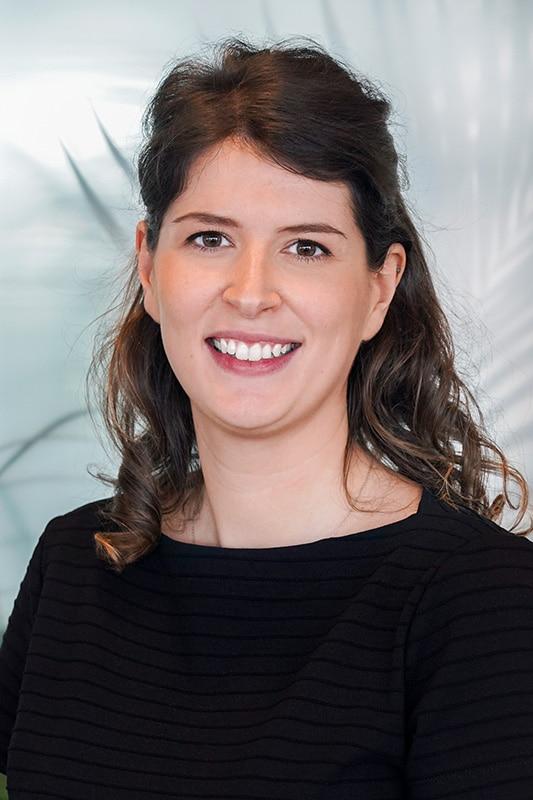 Dr. Eva Bladt